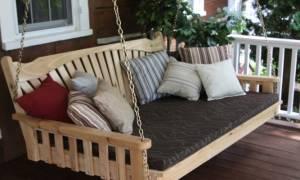 Особенности, разновидности диванов-качелей, выбор места установки
