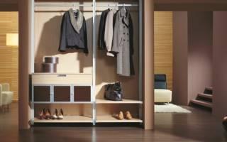 Особенности распашных шкафов под одежду, обзор моделей