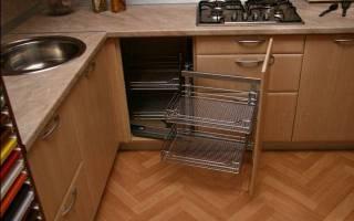 Правила выбора угловых шкафов для посуды, обзор моделей