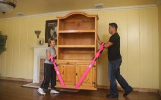 Советы как передвигать без царапин шкаф без ножек, самые эффективные методы