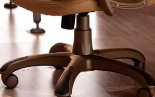 Компьютерное и офисное кресло скрипит — что делать, как устранить звук