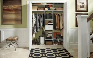 Обзор моделей шкафов для маленькой прихожей, советы по выбору