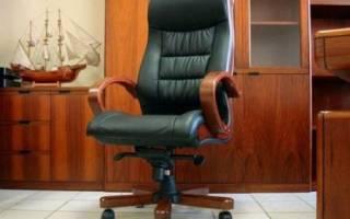 Нюансы выбора офисного кресла для руководителя, сотрудников и гостей